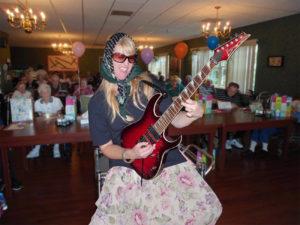 guitarist2-med